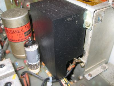"<a href=""http://www.vk2bv.org/the-restoration-of-valved-hf-communications-receivers/""><b>Pic012</b></a>"