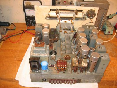 """<a href=""""http://vk2bv.org/the-restoration-of-valved-hf-communications-receivers/""""><b>Pic031</b></a>"""