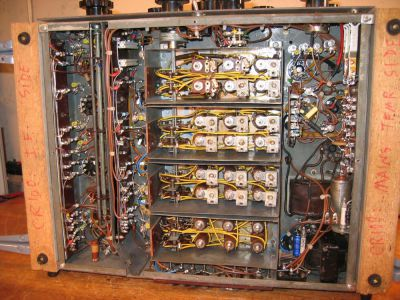 "<a href=""http://vk2bv.org/the-restoration-of-valved-hf-communications-receivers/""><b>Pic035</b></a>"