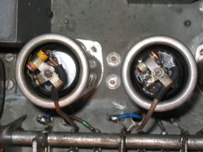 """<a href=""""http://vk2bv.org/the-restoration-of-valved-hf-communications-receivers/""""><b>Pic045</b></a>"""