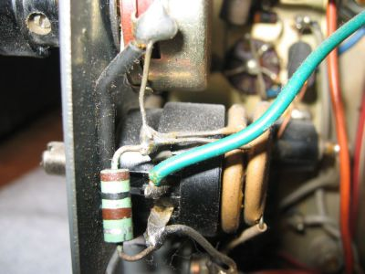 """<a href=""""http://vk2bv.org/the-restoration-of-valved-hf-communications-receivers/""""><b>Pic055</b></a>"""