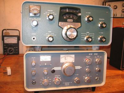 """<a href=""""http://vk2bv.org/the-restoration-of-valved-hf-communications-receivers/""""><b>Pic080</b></a>"""