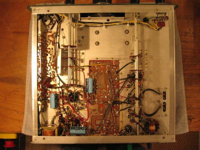 """<a href=""""http://vk2bv.org/the-restoration-of-valved-hf-communications-receivers/""""><b>Pic082</b></a>"""