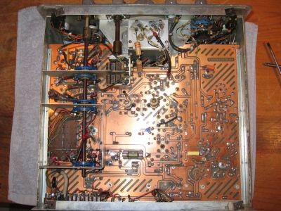 """<a href=""""http://vk2bv.org/the-restoration-of-valved-hf-communications-receivers/""""><b>Pic084</b></a>"""