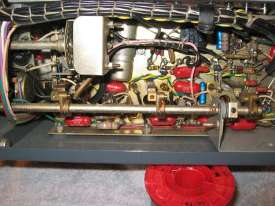 """<a href=""""http://vk2bv.org/the-restoration-of-valved-hf-communications-receivers-gallery/""""><b>Pic091</b></a>"""