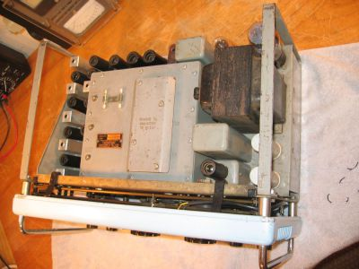 """<a href=""""http://vk2bv.org/the-restoration-of-valved-hf-communications-receivers-gallery/""""><b>Pic094</b></a>"""
