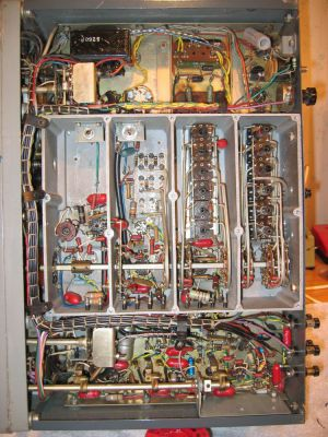 "<a href=""http://vk2bv.org/the-restoration-of-valved-hf-communications-receivers-gallery/""><b>Pic098</b></a>"