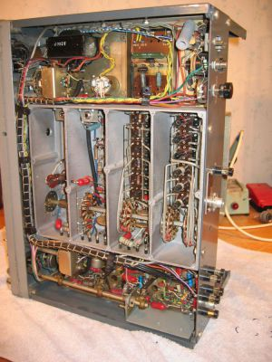 """<a href=""""http://vk2bv.org/the-restoration-of-valved-hf-communications-receivers-gallery/""""><b>Pic100</b></a>"""