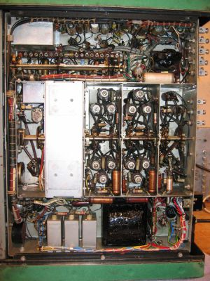 """<a href=""""http://vk2bv.org/the-restoration-of-valved-hf-communications-receivers-gallery/""""><b>Pic102</b></a>"""