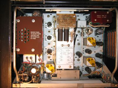 """<a href=""""http://vk2bv.org/the-restoration-of-valved-hf-communications-receivers-gallery/""""><b>Pic105</b></a>"""