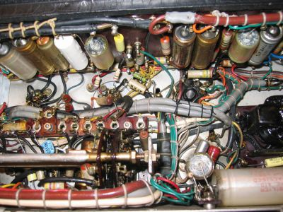 """<a href=""""http://vk2bv.org/the-restoration-of-valved-hf-communications-receivers/""""><b>Pic108</b></a>"""