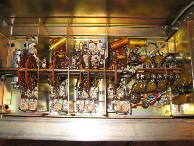 """<a href=""""http://vk2bv.org/the-restoration-of-valved-hf-communications-receivers/""""><b>Pic113</b></a>"""