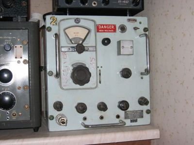 """<a href=""""http://vk2bv.org/the-restoration-of-valved-hf-communications-receivers/""""><b>Pic122</b></a>"""