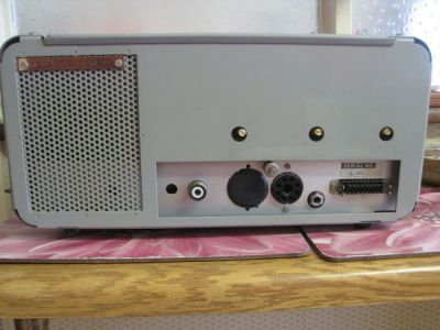 """<a href=""""http://vk2bv.org/the-restoration-of-valved-hf-communications-receivers/""""><b>Pic144</b></a>"""