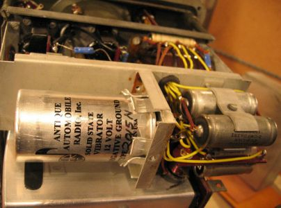 """<a href=""""http://vk2bv.org/the-restoration-of-valved-hf-communications-receivers/""""><b>Pic147</b></a>"""